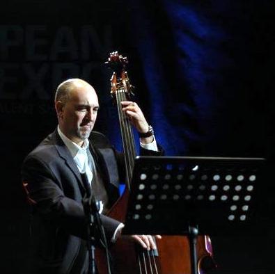 http://www.kwjazzroom.com/wp-content/uploads/2013/03/Roberto-Occhipinti.png